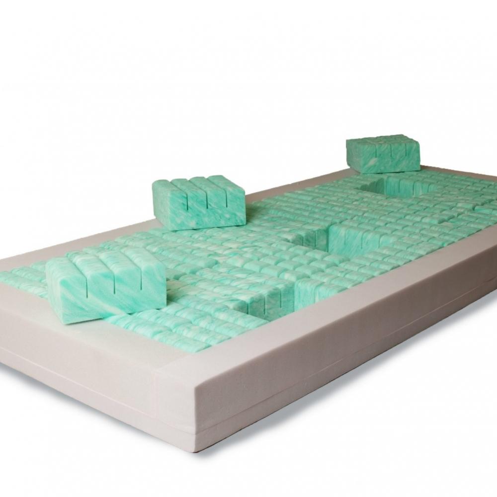 Medical segmented foam mattress / anti-decubitus